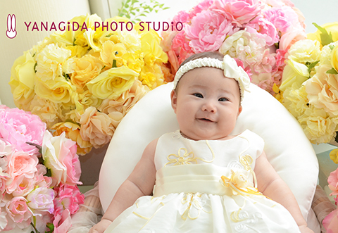 赤ちゃん 弥彦  ドレス.jpg