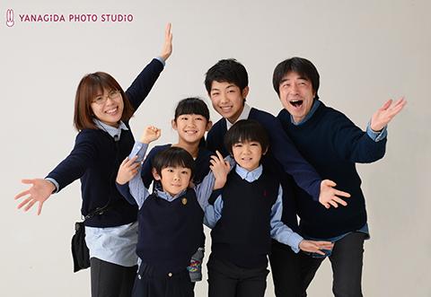 家族写真 やなぎだ スタジオ.jpg